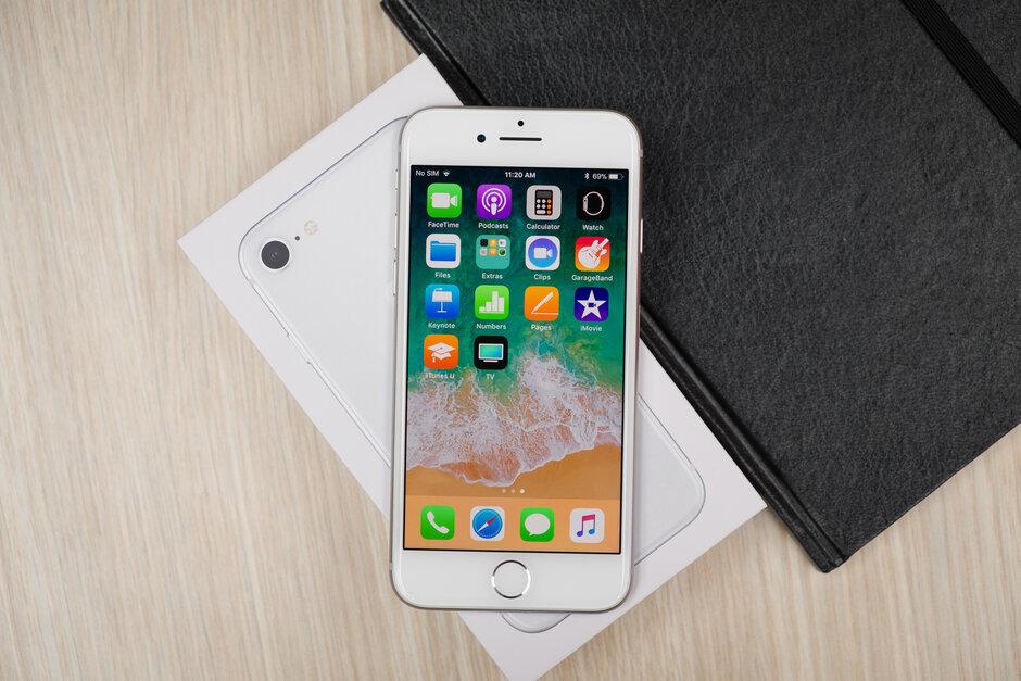 iPhone SE和iPhone 11占據了第三季度美國iPhone銷量的一半以上